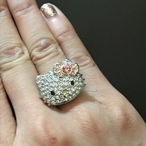 Hello Kitty crystal ring size 4-6